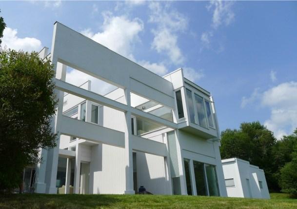 House II, designed by Peter Eisenman, is in Hardwick. Photo by Donald M. Kreis