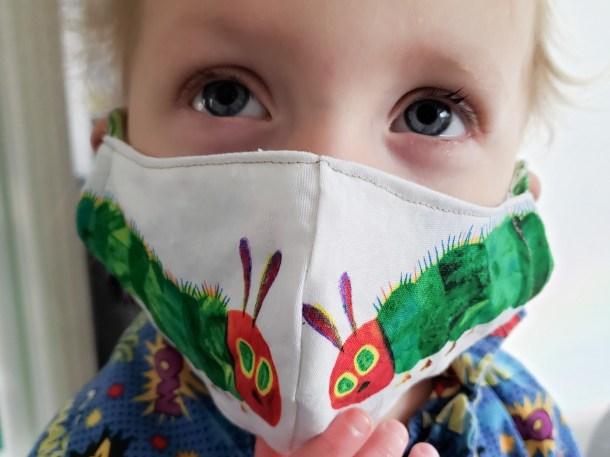 Child-face-mask-610x457.jpg